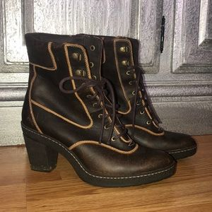 Timberland Brown Leather Heeled Lace Up Boots